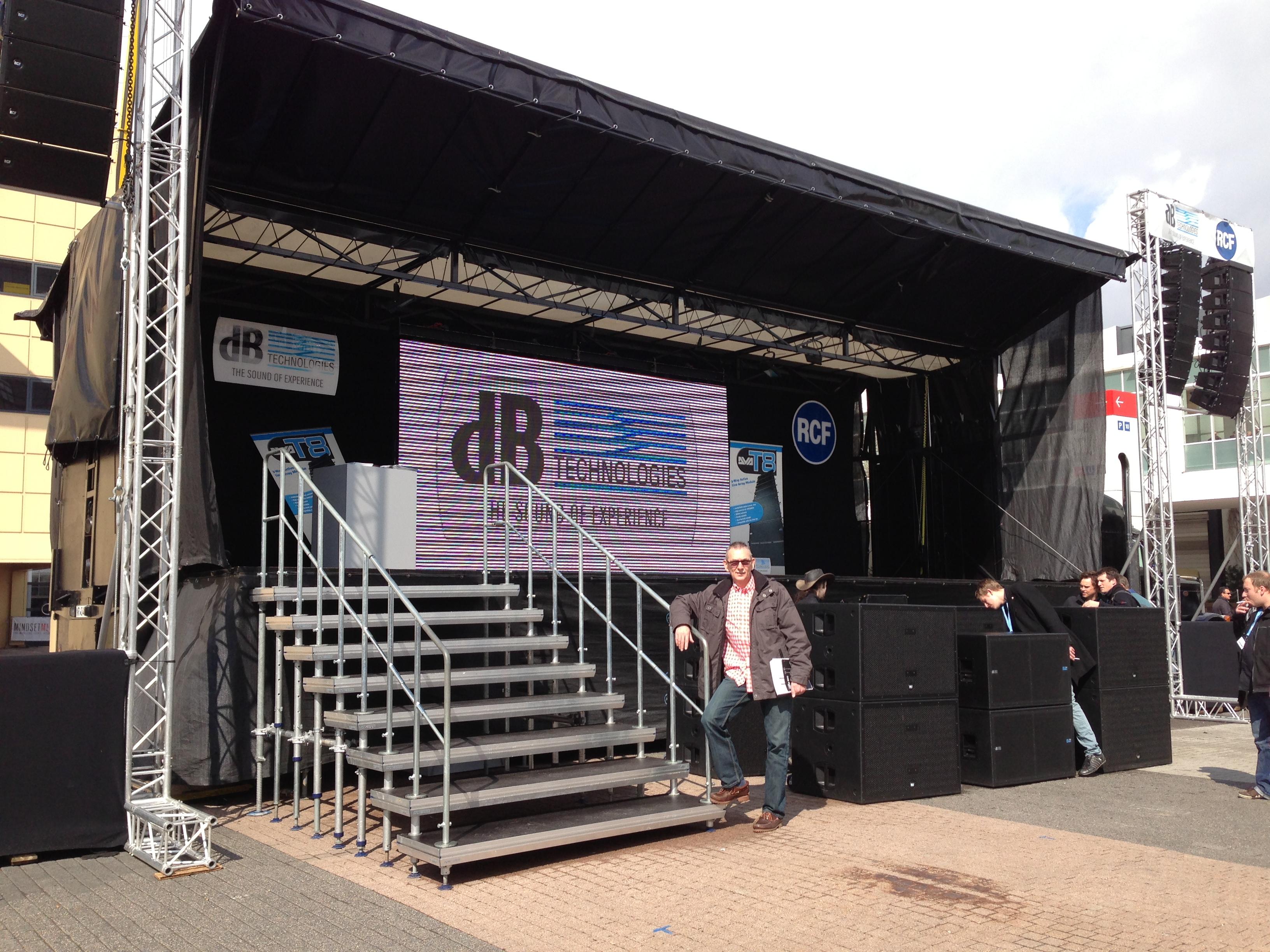 Easystage mobile Bühne Bild 2