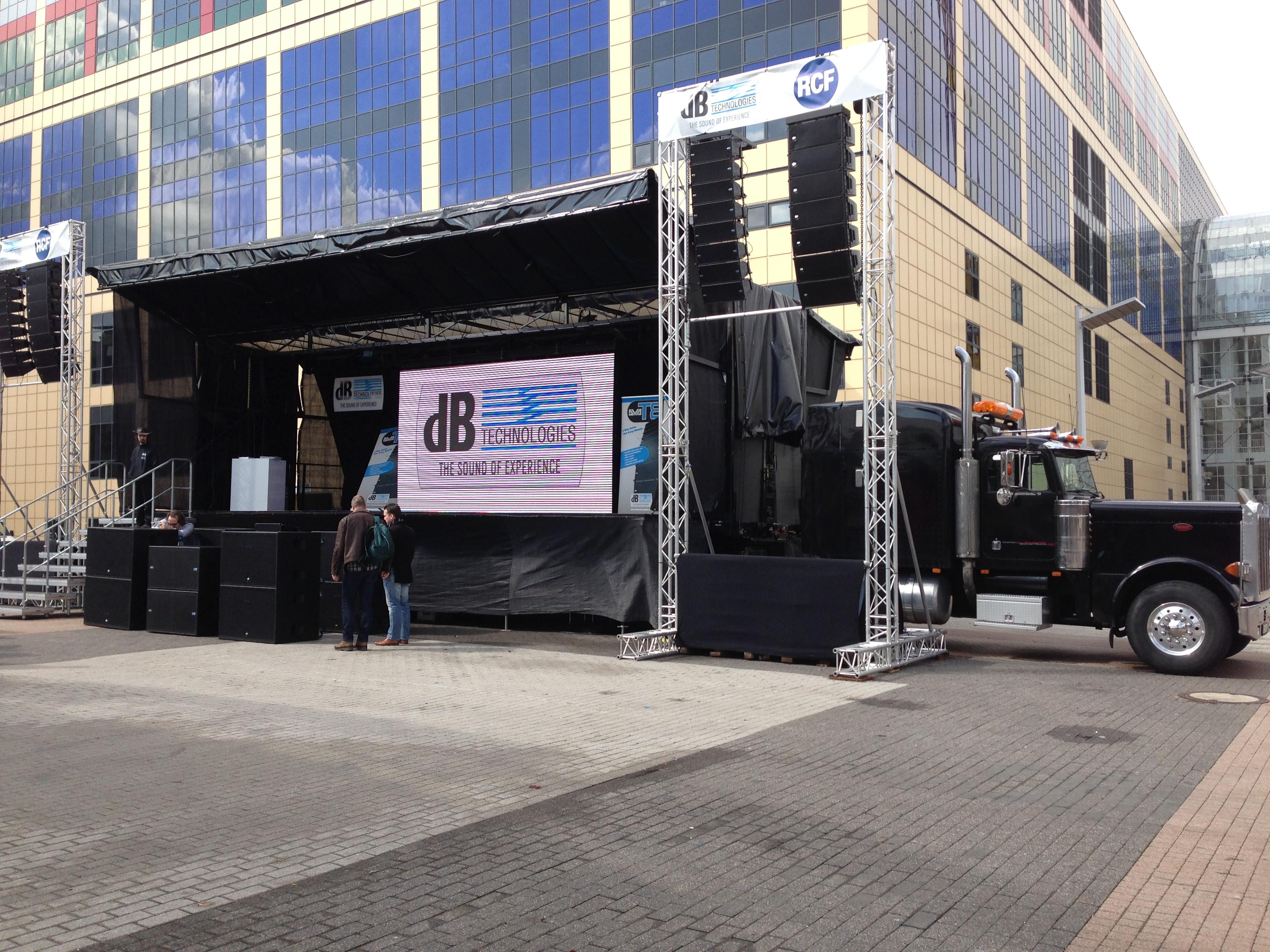 Easystage mobile Bühne Bild 1